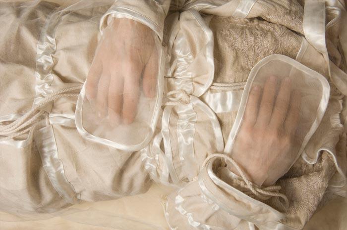 одежды покойницы