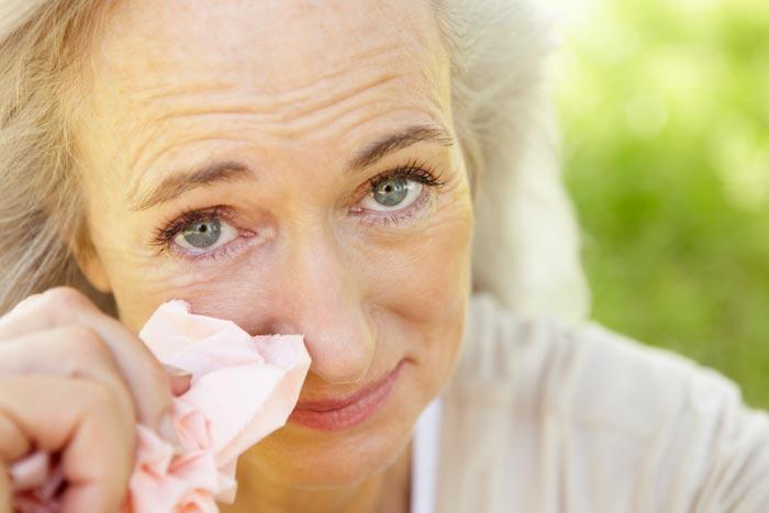 слезоточивость у пожилых